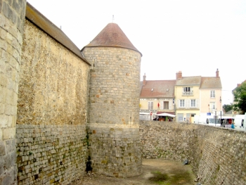 Дурдан Франция