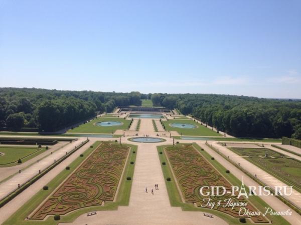 Парк дворца Во-Ле-Виконт