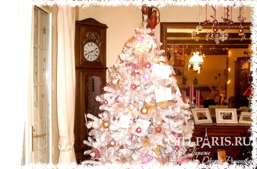 елка на рождество во Франции
